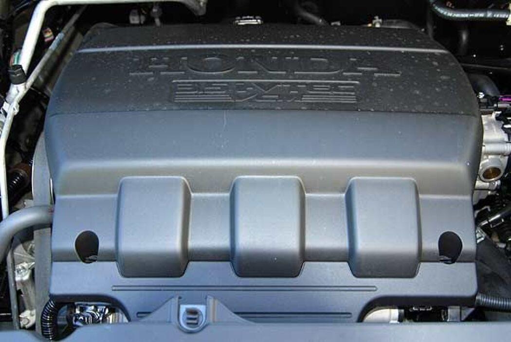 La Odyssey 2011 posee un motor V6 i-VTEC 3.5 litros que produce 248 caba...