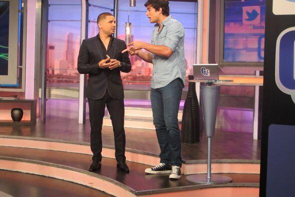 Larry Hernández estuvo como invitado de lujo en El Gordo y la Flaca, y s...