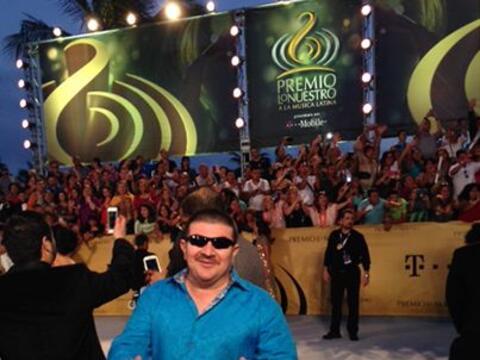 El Turky pasó por la alfombra de Premio Lo Nuestro.