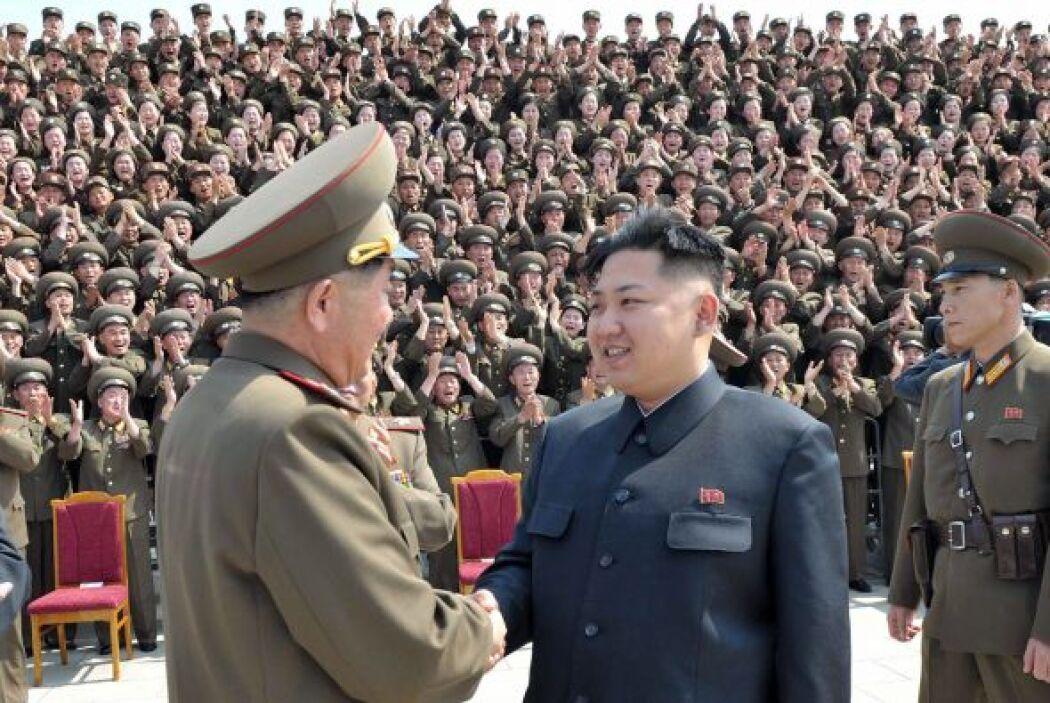 8. Kim Jong Un. El líder norcoreano Kim Jong-Un ha almacenado entre $4 y...