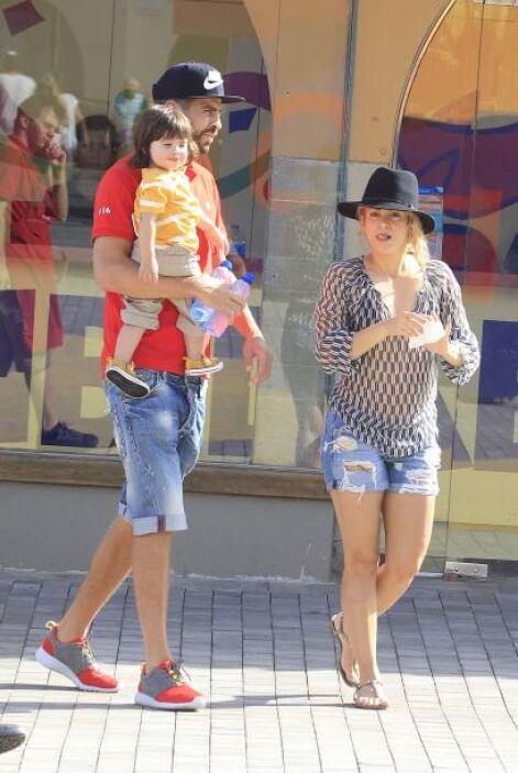 Shakira y Piqué lucen más enamorados que nunca.
