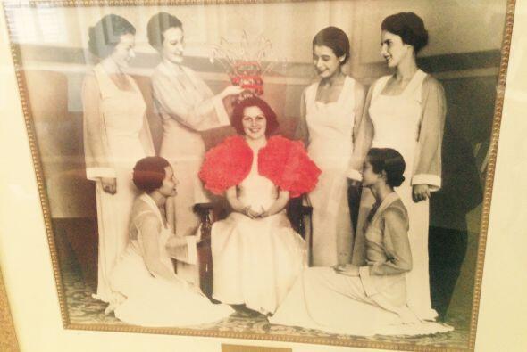 La reina y sus seis princesas tienen su propio espacio en la mansión. El...