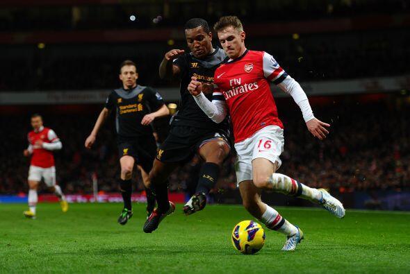 Duelo de dos equipos que no logran regularidad en el torneo, Arsenal y L...