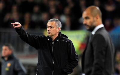 """El Derby de Manchester tendrá el """"derby"""" Mourinho vs Guardiola."""