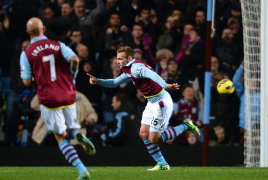 Weimann adelantó al Aston Villa en la primera parte en un veloz contrago...