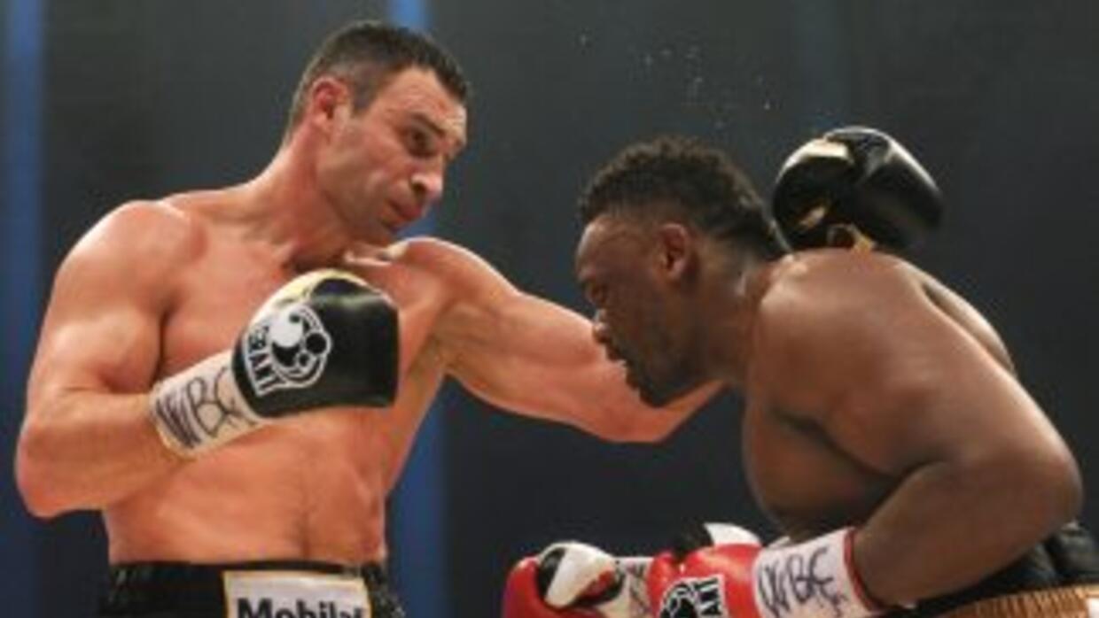 Aunque ganó, Klitschko quiere pelear otra vez con Chisora.