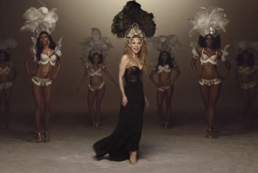 Con su 'La La La' le puso ritmo a la fiesta carioca.Mira aquí los videos...