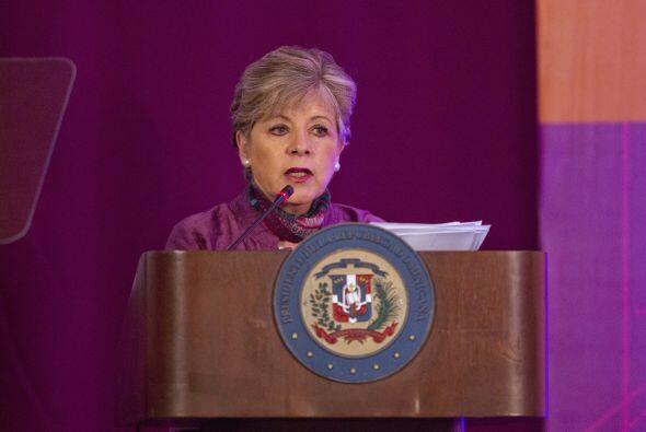 7. Alicia Bárcena. Bióloga, diplomática y Secretari...