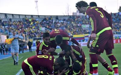 Venezuela derrota a Brasil