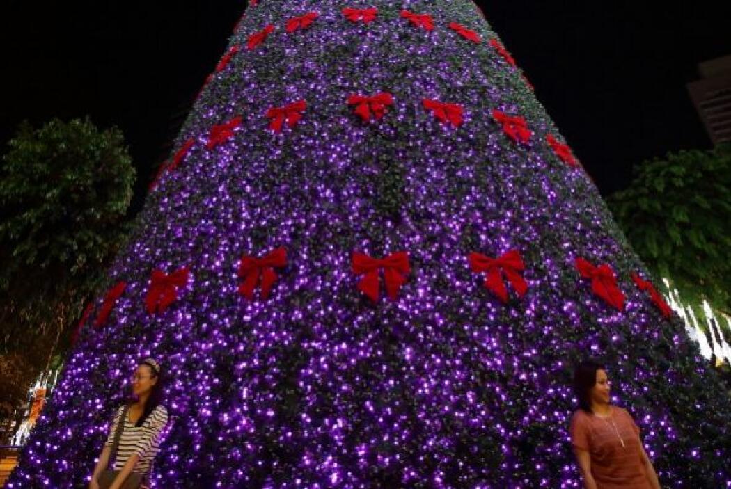 Singapur es una de las primeras ciudades en establecer el espiritú navid...