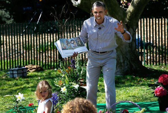 Y permitió que Bo estuviera muy cerca de él y los niños. Mira también to...