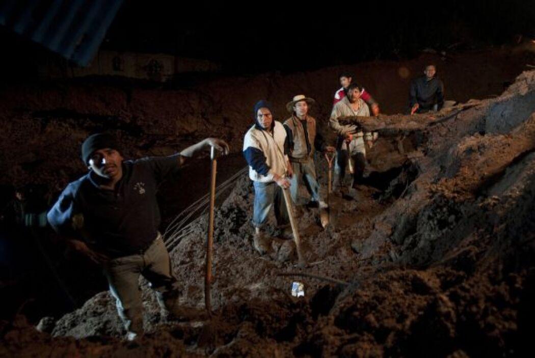 Horas atrás, las autoridades habían informado la muerte de ocho personas...