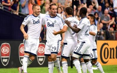 Vancouver Whitecaps celebra un gol