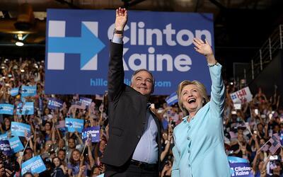 Hillary Clinton y Tim Kaine en su primer evento de campaña juntos en FIU...