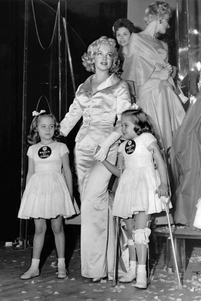 Fanáticos de Marilyn Monroe le rindieron un pequeño homenaje con una fot...