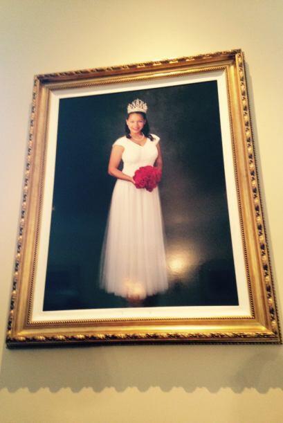 Otro atractivo del mansión es el gigantesco retrato de la reina del desf...