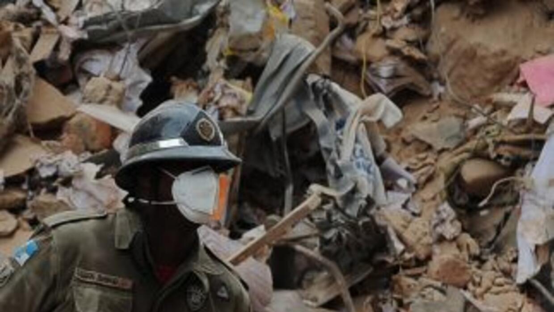 Las brigadas de rescate descartaron la posibilidad de hallar sobrevivien...