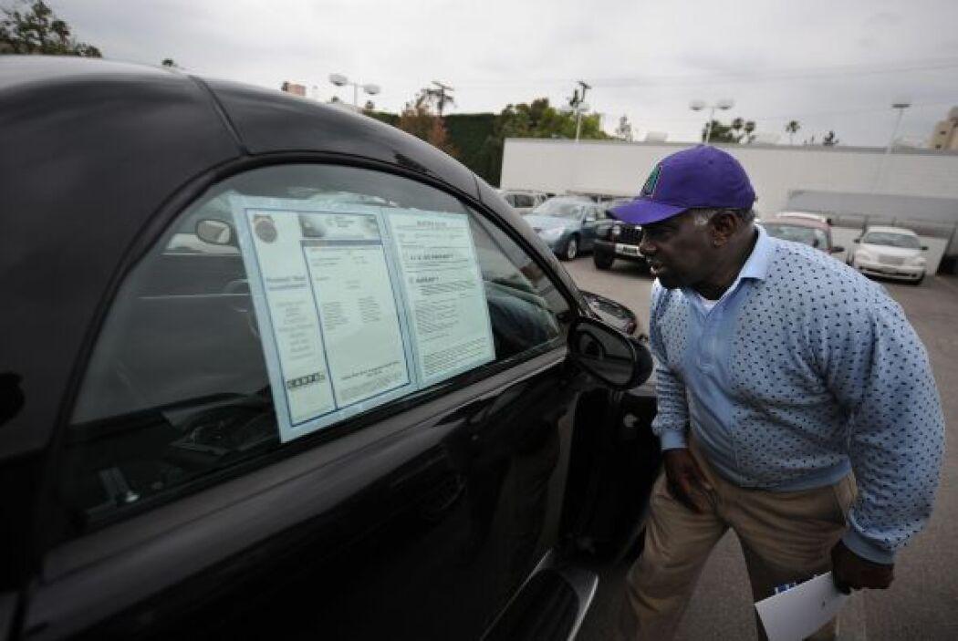 Garantías extendidas.- La mayoría de los autos nuevos se venden con gara...