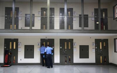 Centro de detención de ICE en Adelanto.