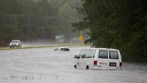 Joaquín inunda a las Carolinas