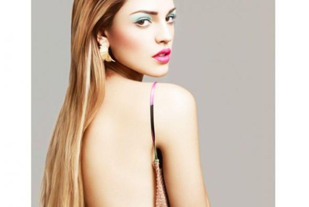 Eiza es hija de Glenda Reyna, una importante modelo, ¿será que sacó de e...