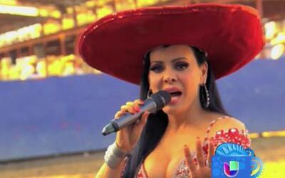 Maribel Guardia habla de la salud de Joan Sebastian