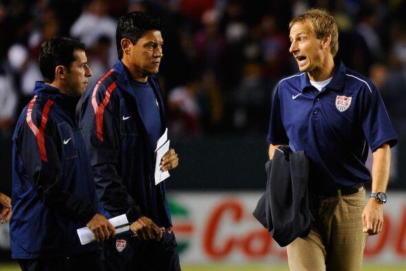 Al final del partido Klinsmann no se podía explicar cómo es que no pudie...
