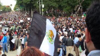 Una de las manifestaciones de apoyo para los estudiantes de Ayotzinapa e...