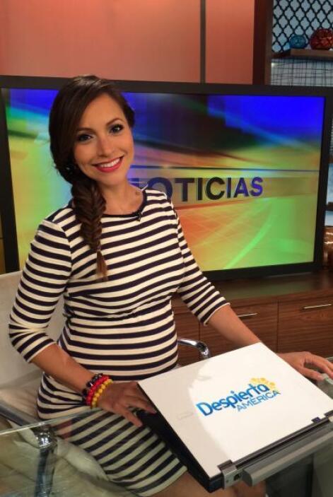 Satcha Pretto es una mamita muy bella y trabajadora. ¡Ese bebito que vie...
