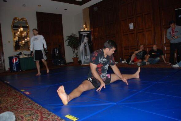 #9 Lyoto Machida (17-2-0), de ascendencia  japonesa-brasileña, gran pele...