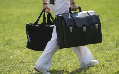 'Nuclear football', el maletín que le permite al presidente de EEUU lanz...