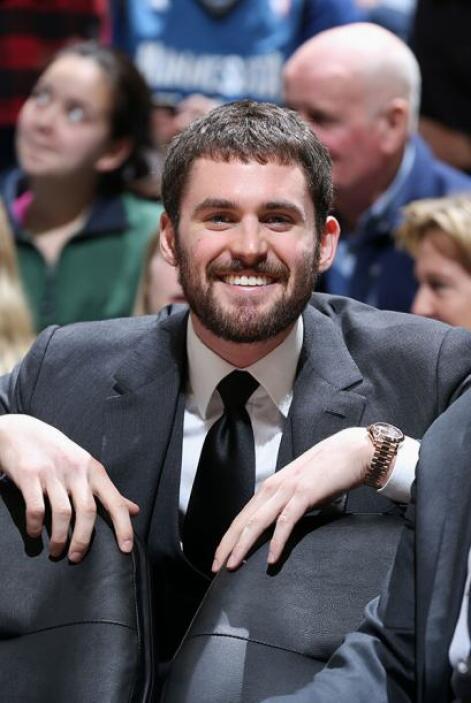 Kevin Love, Minnesota Timberwolves - Love sufrió dos lesiones en su mano...