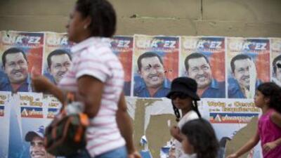 Los colegios electorales abrieron sus puertas en las primeras horas del...