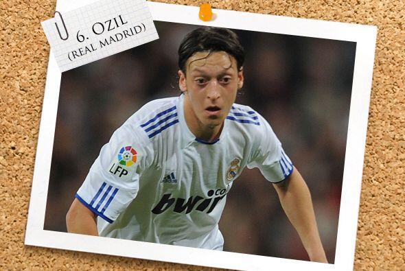 Mesut Özil fue uno de los anotadores madridistas ante el Atl&eacute...