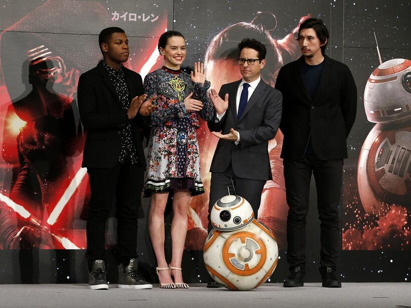 """""""Star Wars"""" regresa con su episodio VI, """"The Force Awakens"""""""