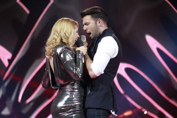 Paloma cantó con Canela uno de los clásicos del grupo invi...
