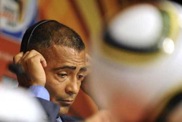 Romario fue elegido como Diputado Federal de Brasil en el 2010 y además...
