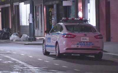 Una mujer murió atropellada por un camión de basura en Manhattan