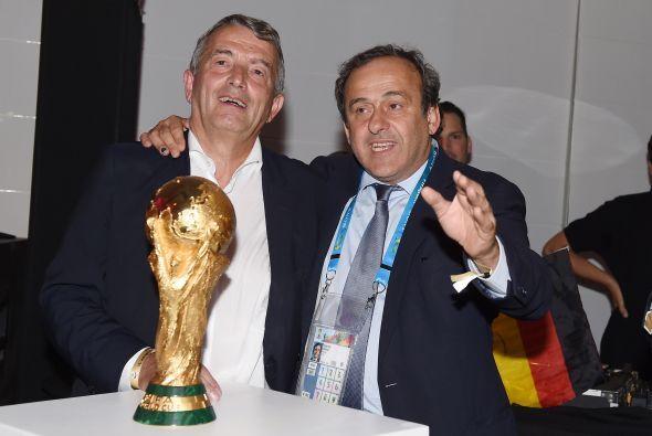 El mismo presidente de la UEFA, Michel Platini, estuvo en los festejos.