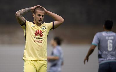 Darío Benedetto había pedido su salida del equipo