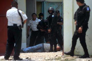 Las autoridades de Guatemala culparon al cártel mexicano de 'Los Zetas'...