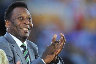 Parece que a Pelé le olvidaron de sumar un gol más en su trayectoria, un...