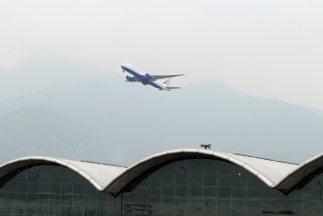 Una amenaza de bomba en un avión que volaba entre dos ciudades chinas ob...