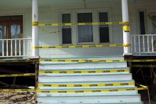Cientos de casas consideradas peligrosas para la seguridad pública van a...