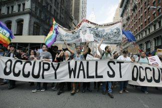 Piden proporcionar los tuits de Malcolm Harris, miembro de Occupy deteni...