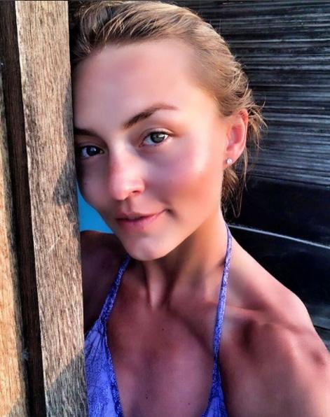 Angelique Boyer se fue de vacaciones y esta vez no se llevó a Rulli