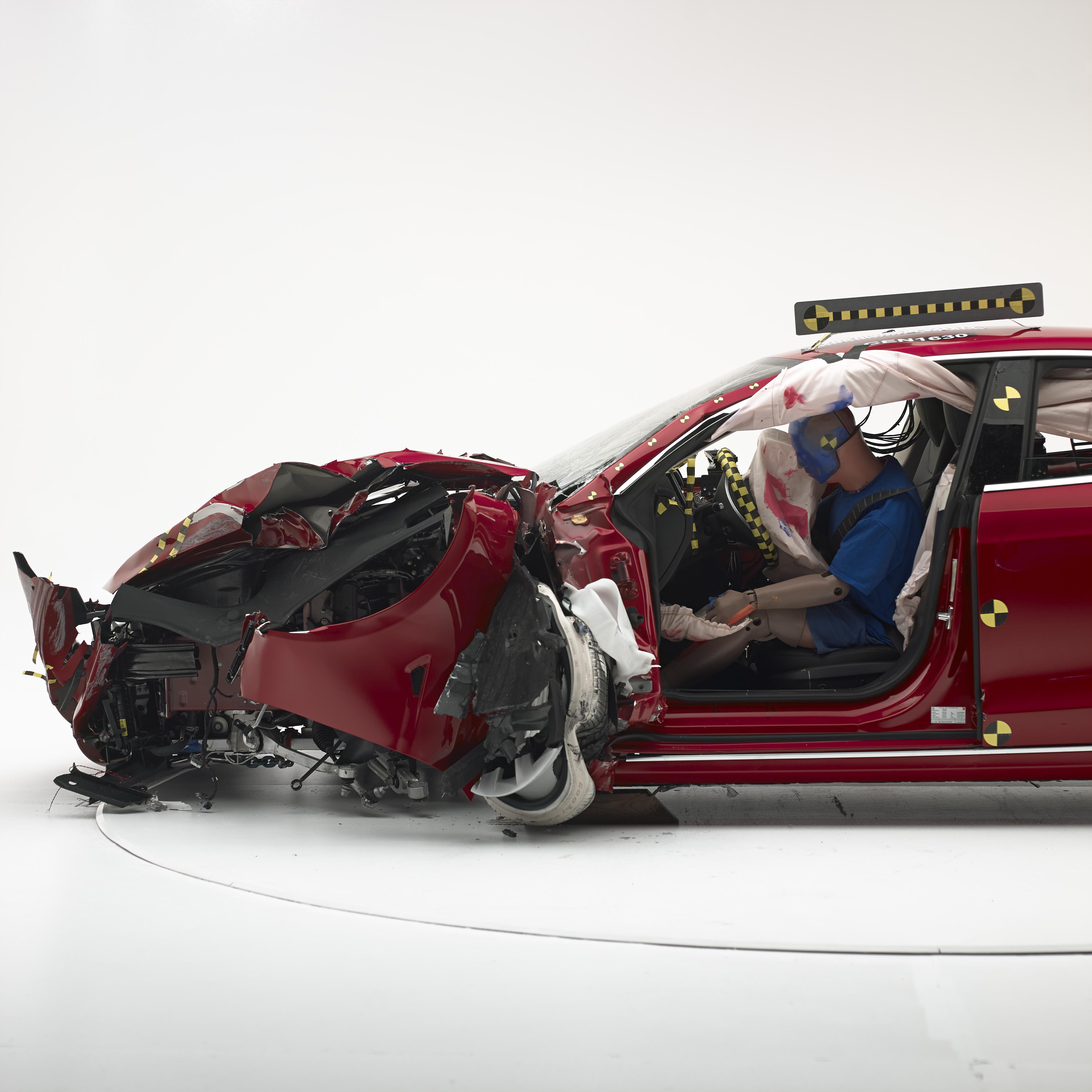 Tesla Falla Importante Prueba De Seguridad