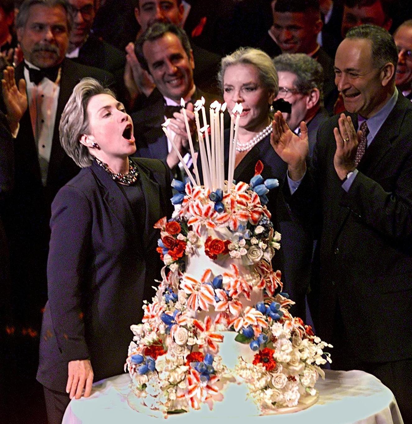 Amar A Muerte Capitulo 29: Feliz Cumpleaños Hillary: Las Fotos En Las Que Te Hemos