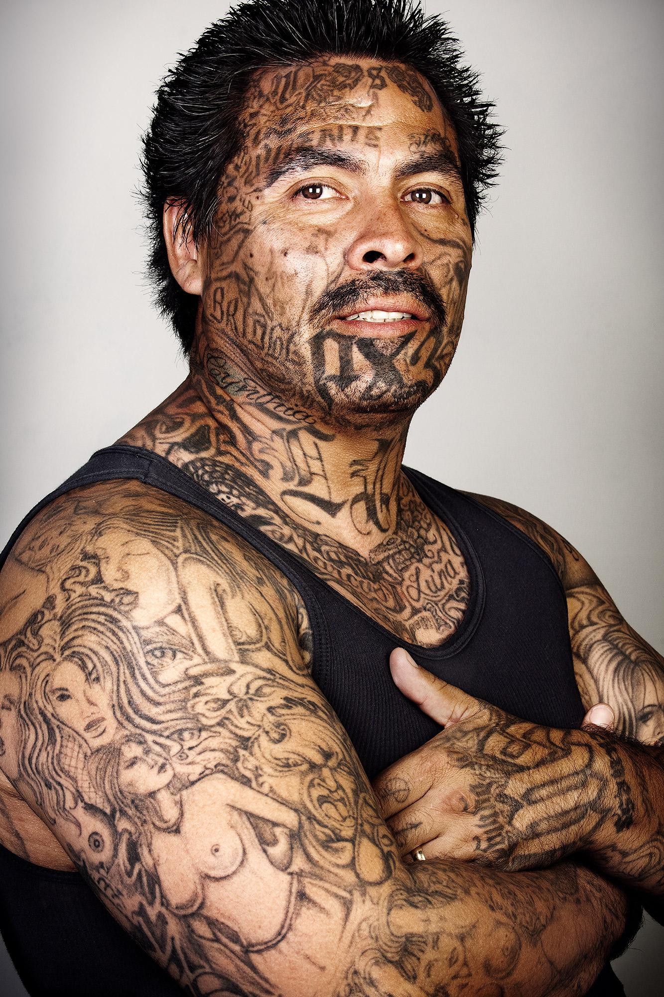 Así reaccionan estos expandilleros al verse en fotos sin tatuajes en ...