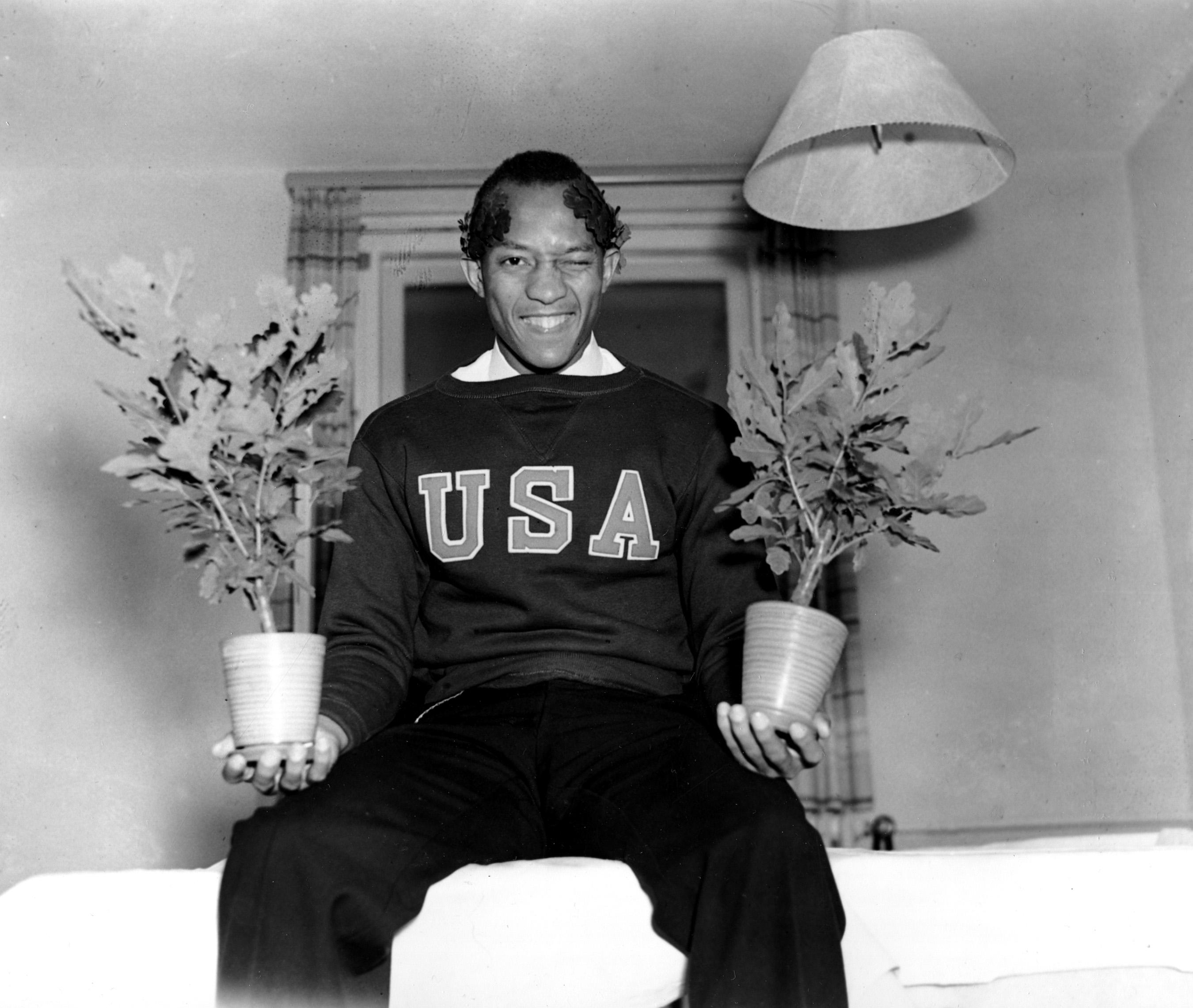 Amar A Muerte Capitulo 5: Histórico: Cuando Jesse Owens Humilló A Hitler En Los